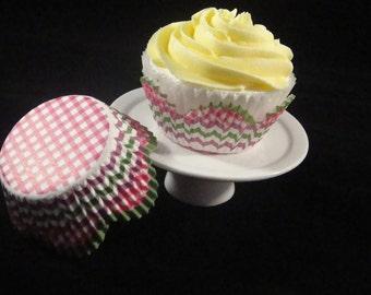 Plaid and Stripes Petal Cupcake Liners
