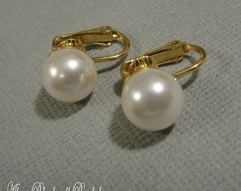 Pearl Clip On Earrings made with Swarovski Pearls in White or Cream Ivory in Gold or Silver  choice of color bridal wedding clip on backs