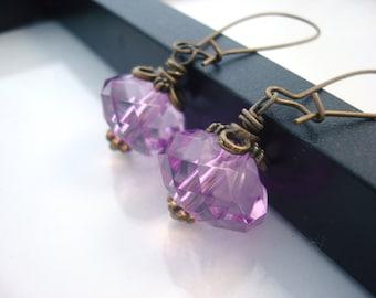 Purple Drop Earrings, Antique Brass Earrings, Vintage Inspired, Crystal Earrings, Purple Earrings, Romantic Earrings, Light Purple Earrings