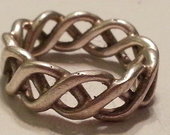 Vintage Sterling Silver Celtic Knot Band Ring Unisex 1990s Wedding Band 925 Size 7