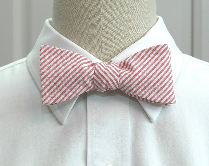 Men's Bow Tie. coral seersucker, salmon bow tie, wedding party tie, groom bow tie, groomsmen gift, summer bow tie, wedding bow tie,