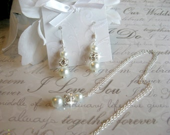Personalized Bridesmaid Jewelry Set - Rhinestone and Pearl Necklace and Earring Set - Wedding Jewelry for the Bride or Bridesmaids