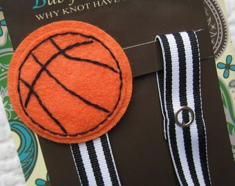 Baby Boy Pacifier Clip, Basketball  Pacifier Clip, Ball Sports Pacifier Holder, pcsports04