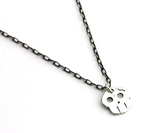 Fractured Skull Necklace - Silver