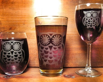 Vintage-styled Owl Etched Glass