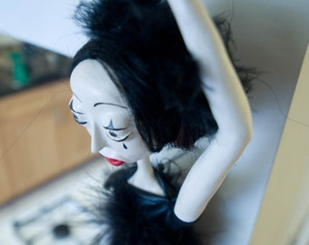 Melandolly Art Doll Pierrota, The Crying ballerina
