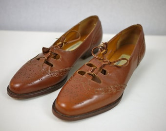 Brown Leather Brogue Oxford Flats with Tassel Tie