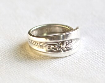 Spoon ring in the  Silver Tulip pattern, circa 1956
