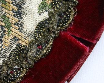 Tapestry and Velvet Centre for Pillow or Cushion