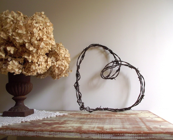 Barbed Wire Heart Wreath / Rustic Farmhouse Chic / Industrial Decor / Wedding Decor
