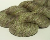 Wild Mothwing fingering yarn - Swiss Tussah Silk 115g (460m)