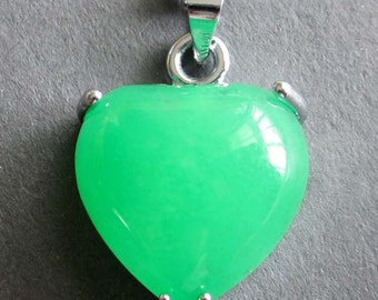 Green Stone Inlaid Alloy Metal Love Heart Shape Pendant Necklace Chain 16mm x 15mm  T2622