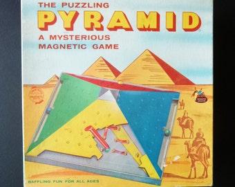 1060 RARE Pyramid Game-Schaper Game