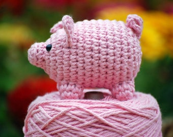 Amigurumi Pig, adorable bubble gum pink little piggy