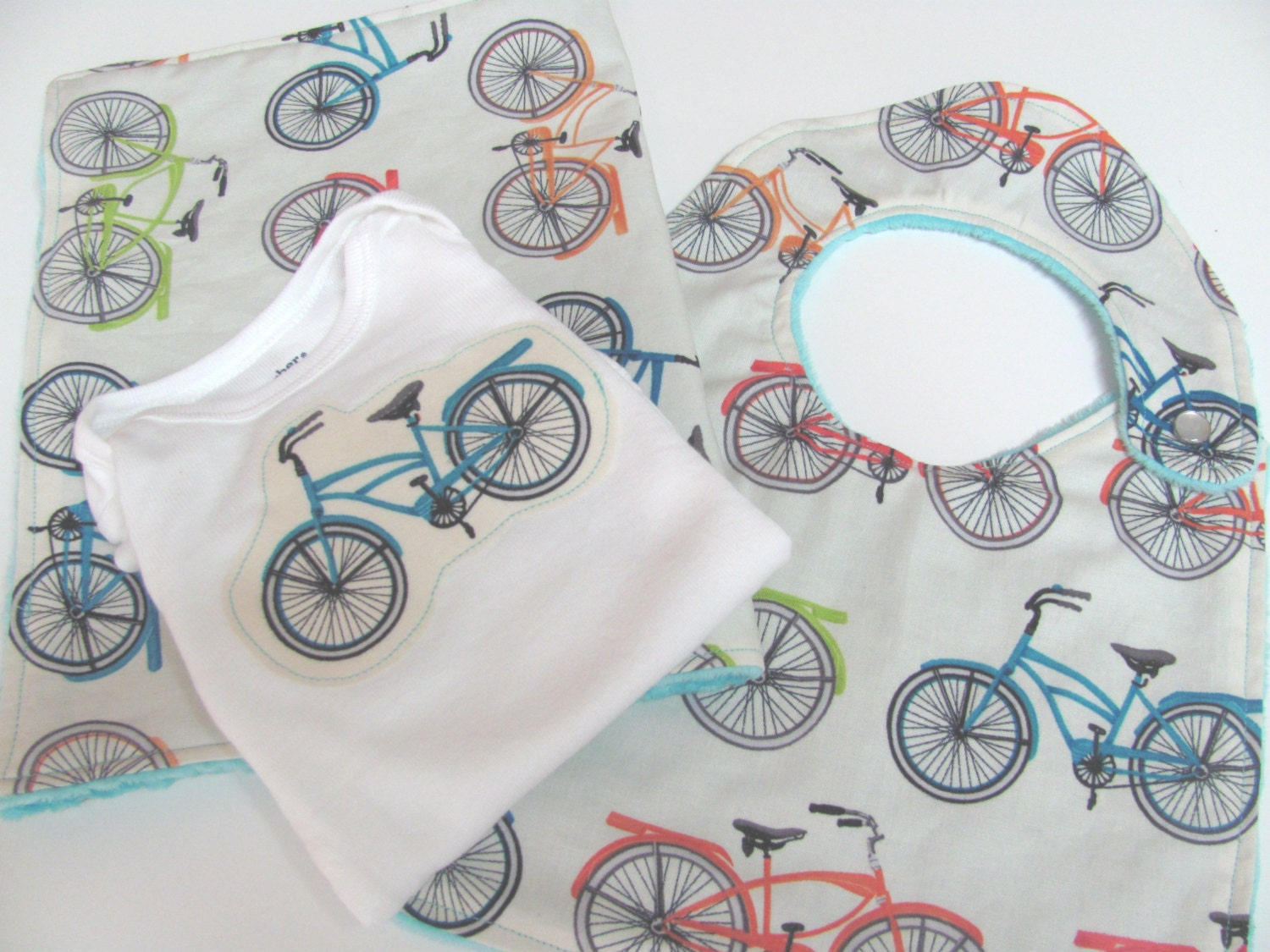 Neutral Baby Gift Sets : Bicycles baby gift set gender neutral boy girl retro