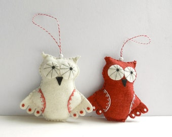 Set of 2  Felt Owl Christmas Ornament Red and White