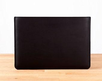 """13"""" MacBook Air - Leather Sleeve Case in Black"""