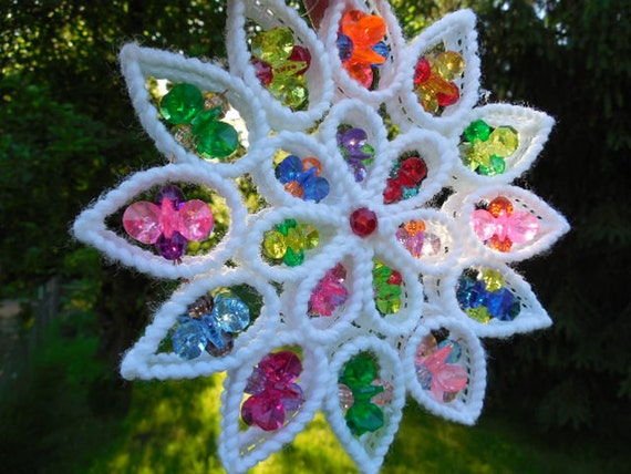kitch fun plastic bead suncatcher christmas ornament