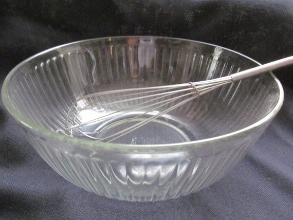 Vintage Pyrex Large 4 5 Quart Clear Glass Ribbed By