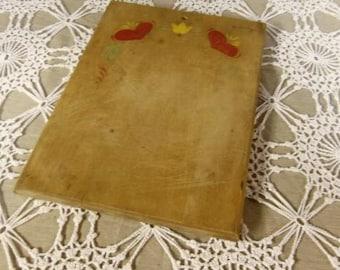 Vintage Munising wooden cutting board
