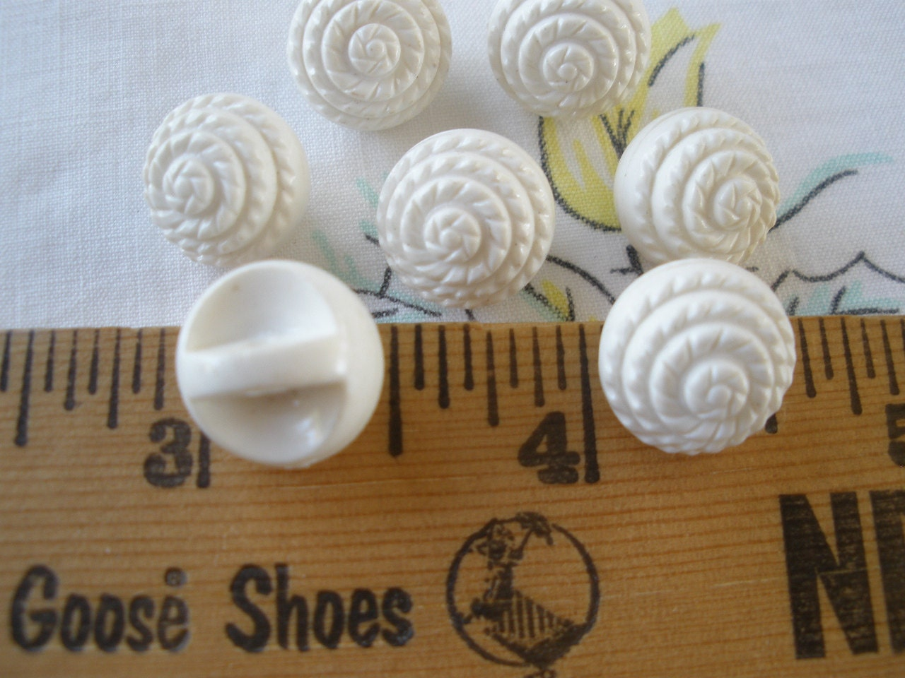 Vintage white carved ball self shank buttons l
