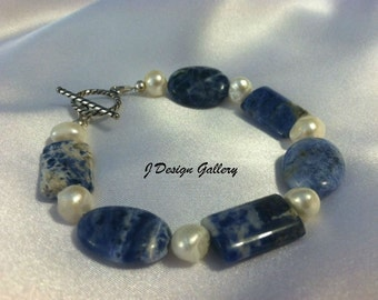 Sodalite & Freshwater Pearls Bracelet sterling silver
