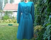 Beautifull  Pleated Dress Vintage / Dark Turquoise / White Polka Dots / Big Size / Size UK16 / 18 X EUR44 / 46