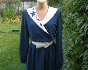 Turquoise Dress / Dress Vintage / Dark Turquoise / Elastic  Waist / Size EUR42 / UK14 / All Lining