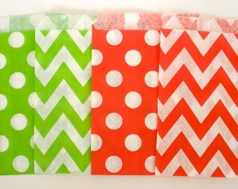 Red and Green Favor Treat Bags, 20 Ct..Chevron Bags & Polka Dot Bags ..Favor Bags, Treat Bags, Wedding Favor Bags, Christmas Holiday Bags