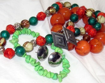 Vintage 1960s Autumn / Fall Colors Wardrobe Necklace Orange Green Gold Tan Beaded Elastic Orange and Pale Green Bracelets bonus earrings