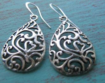 Silver Filigrees Earrings