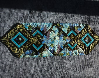 Blue Roses Quilted Table Runner