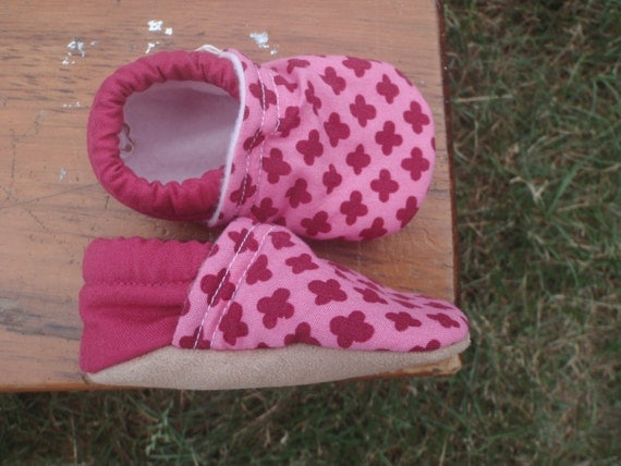 Baby Shoes for Girls - 100% Organic Petal Mini Flowers Fabric with Solid Dark Pink Back - Custom Sizes 0-24 months