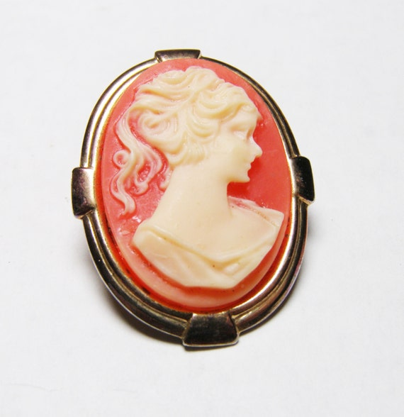 Custom Cameo Resin Pins Diy: Girl's Vintage Cameo Brooch Salmon Pink Resin By LorettasCache