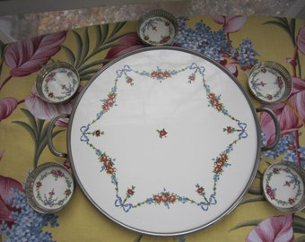Beautiful Round Handled Tray with Five Matching Coasters