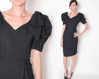Vintage 80s Black Cocktail Dress // Party Dress // Knee Length dress // Puffy Sleeves // Oversized Bow // M L