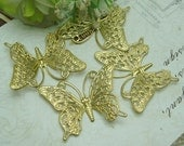 10pcs - butterfly finding  pendant charms,26X36 mm