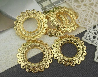 2 pcs Gold Plated  Round  Filigree, 30mm