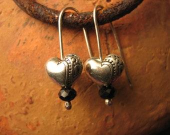 Small Sweet Sterling Silver Handmade ear wires dangle silver heart earrings with black crystal bead girls women