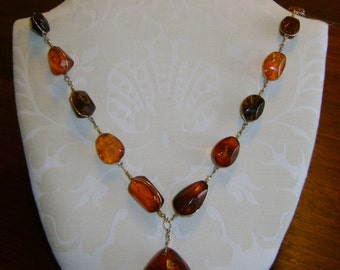 Beautiful Graduated Amber Necklace