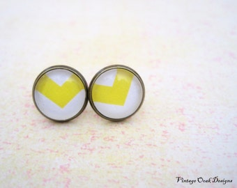 Yellow Chevron Studs, Yellow  Earrings,Glass Cab and Antique Bronze Earrings,  Summer Jewelry,  Bridesmaid Jewelry, Summer  Trends