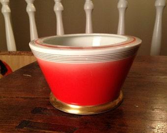 Antique Bavarian Bone China Art Deco Bon Bon Bowl in Red White and Gold, Schonwald Eamag