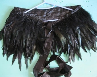 Double-layer Ladies' Black rooster coque feather shawl Sleeve Cape AB color