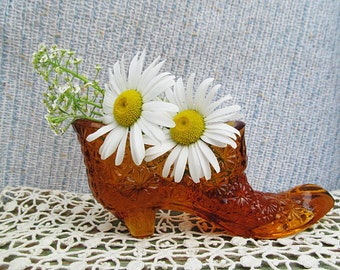 Amber Glass Slipper Shoe Boot Collectable Daisy Button Pattern Vase Vessel