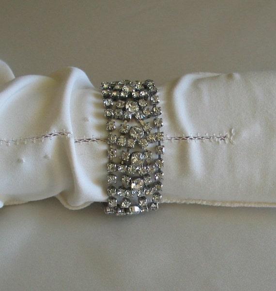 Vintage Rhinestone Bracelet for Wedding or Evening Sparkle
