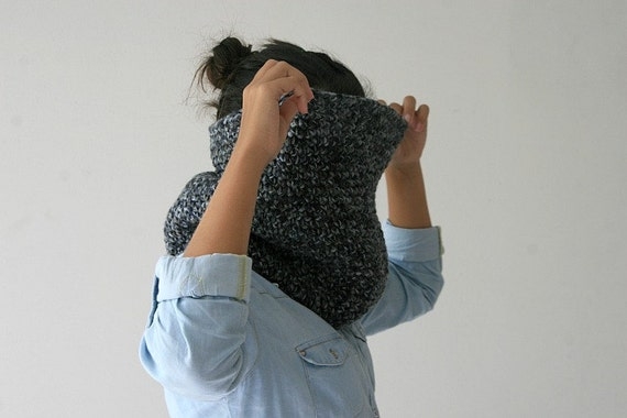 Unisex Chunky Cowl Scarf in Shades of Grey - Neck Warmer Gray - Snood - Man Women Teens Accessories - Fall Winter Fashion