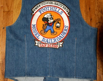 Vintage '70s Denim Vest w/ MICKEY MOUSE Railroad Patch Size 38R Medium