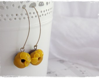 Donut Earrings, Polymer Clay Earrings, Miniature Food Jewelry, Dollhouse Miniatures, Kawaii Cute Earrings, Dangle Food Earring, Cute Jewelry