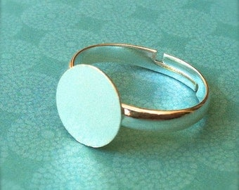 25 - Adjustable Ring Base Blank - Jewelry Supply - Silver Plated - 10mm Pad