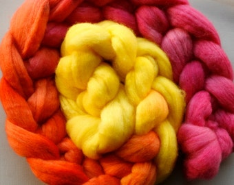Hand dyed fine merino wool tops for spinning or felting - long colour repeat - Hot Lollipop